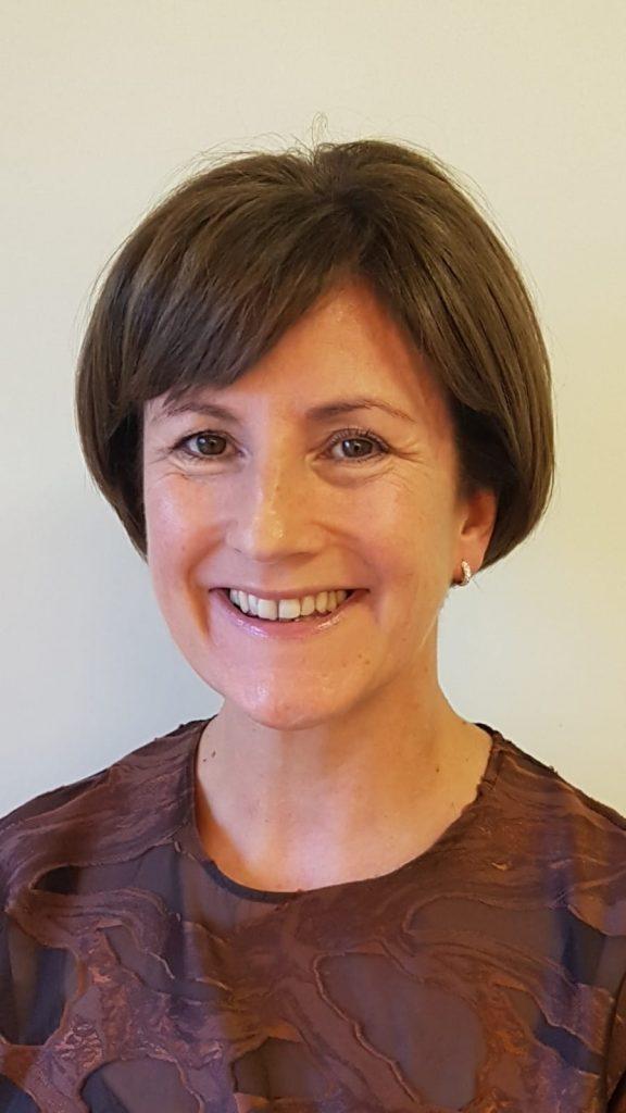 Dr  Suzanne O'Sullivan - Femalase